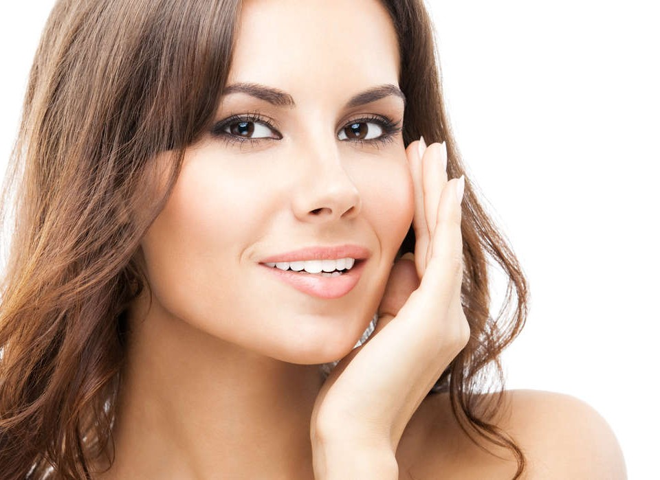 The Ease & Popularity of Eyebrow Shaping | Apple Valley Threading Services